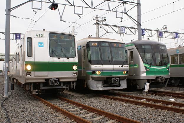 #3650 千代田線3並び 2013-11-10