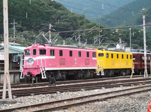 Photos: #7235 秩父鉄道デキ504+デキ502+12系 2020-8-1