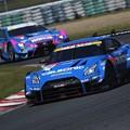 写真: Nissan GT-R