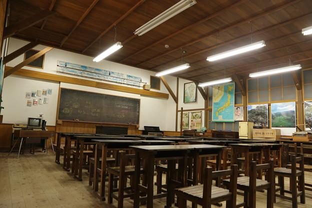 誰かを待つ教室