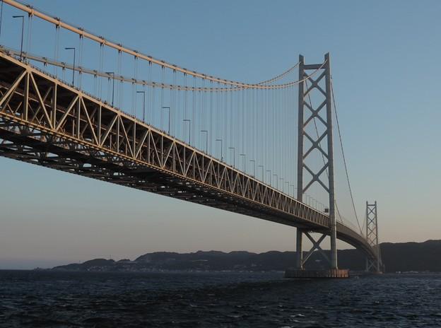 Photos: 夕暮れの明石大橋