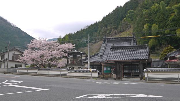 Photos: 道の駅ピュラアインにしき(3)西運寺