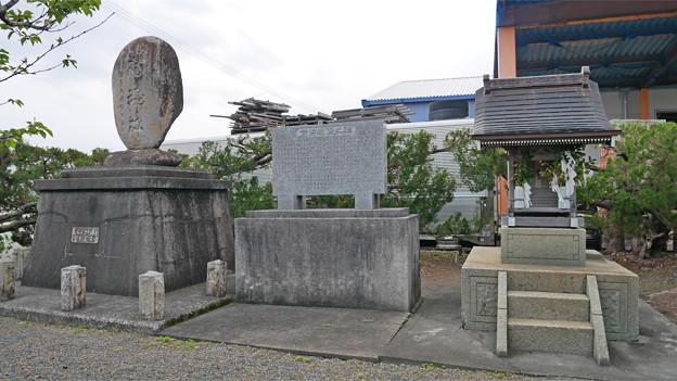 南国市前浜/招魂神社と忠霊塔 (2)