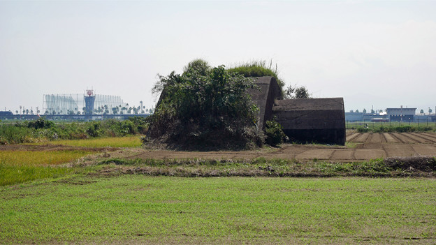 宮崎空港横の掩体壕 6号基 (2)