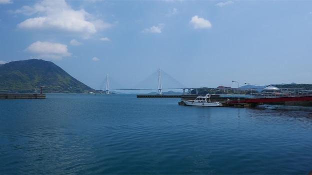 瀬戸内海 大三島から見た多々羅大橋と生口島 (2)
