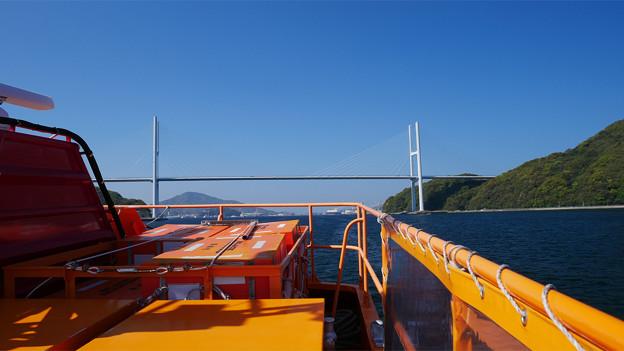 長崎港ターミナルから軍艦島クルーズ (7) 女神大橋