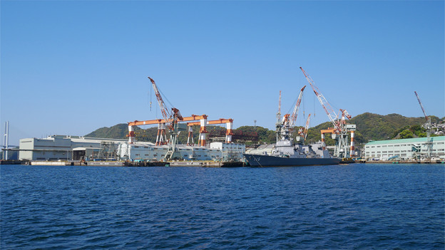 長崎造船所と、海上自衛隊護衛艦あきづき