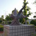 羽犬塚小学校北側の羽犬像 (2)