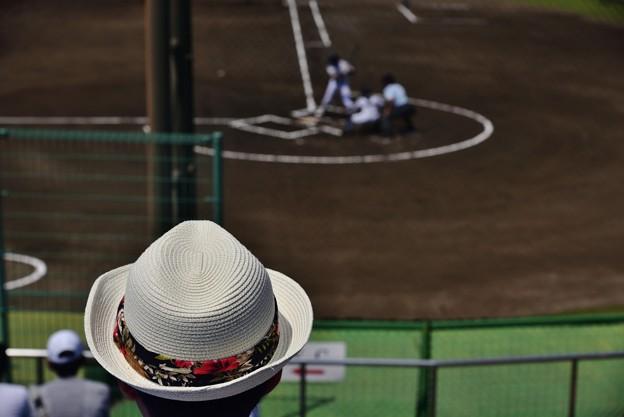応援風景 おしゃれ帽子