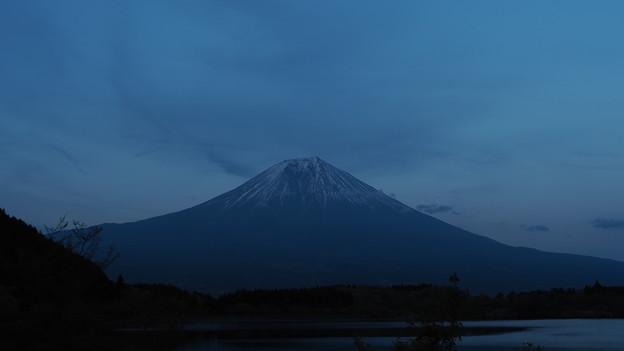田貫湖の夕富士?