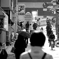 歩道(朝の通勤)
