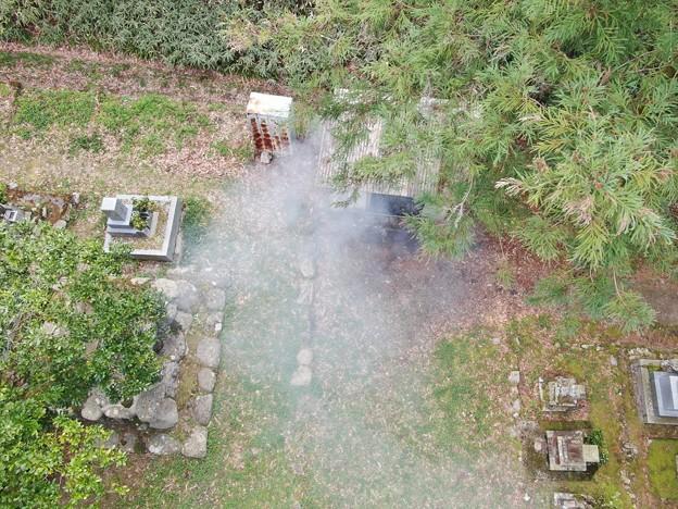 墓地塵焼却040504