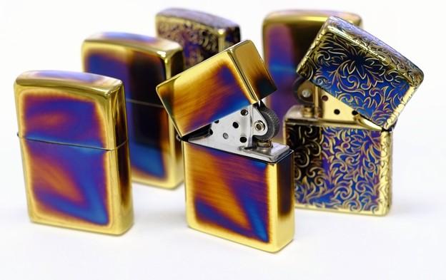【 Gold Antique 】金イブシ加工のジッポーライター【 Zippo 】