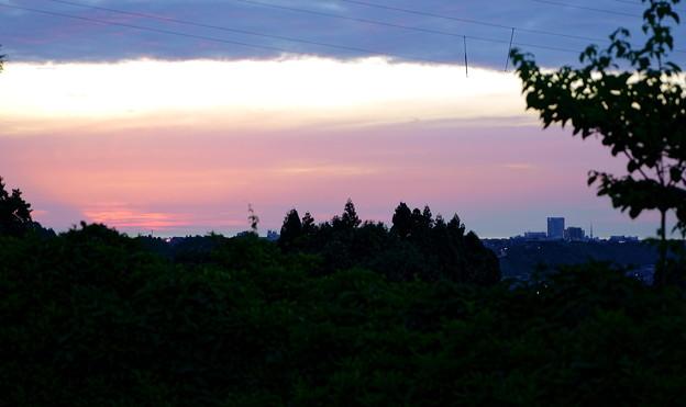 写真: 夕日が沈んで