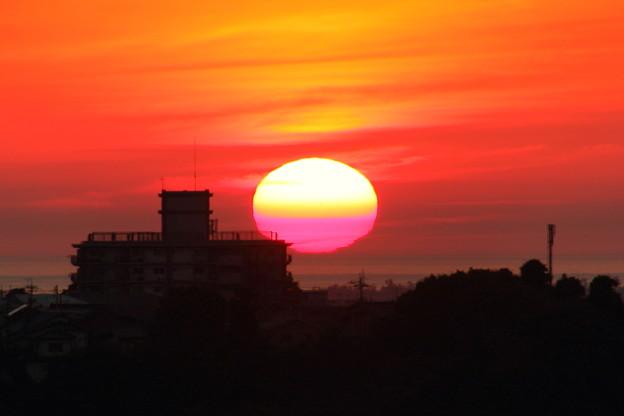 日本海に夕陽が沈む(1)