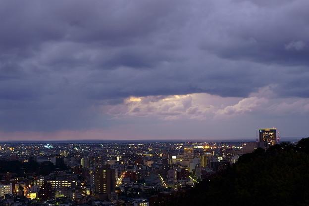Photos: 金沢市の夜景 雨が止んで