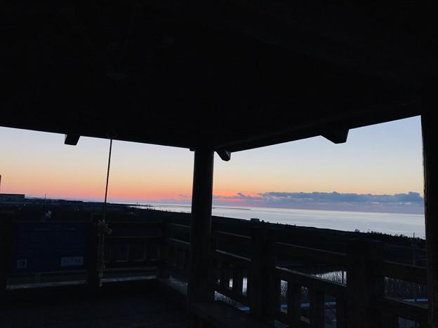 夕暮れの展望台から 日本海