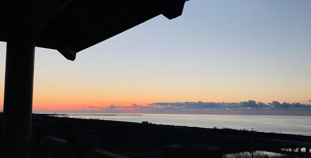 日本海と夕焼け