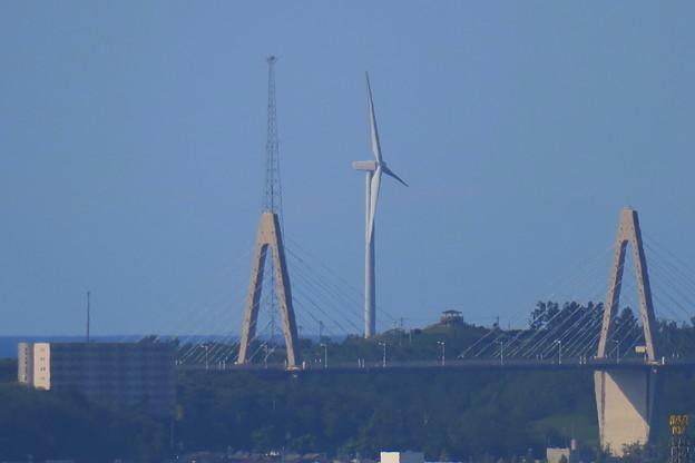 Photos: 卯辰山から 内灘 サンセットブリッジと風車