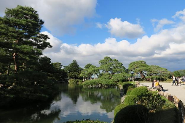 兼六園 霞が池と唐崎松