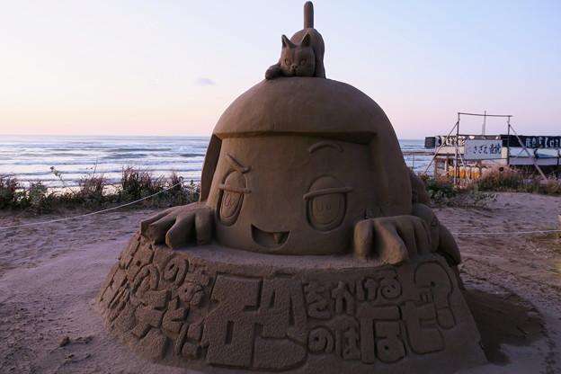 チコちゃん  千里浜 砂像