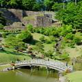 Photos: 新緑の玉泉院丸庭園(4) 色紙短冊積石垣