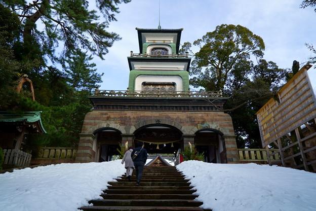 尾山神社 神門(2)