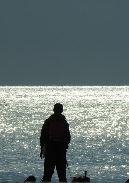 写真: 銀河の釣り人