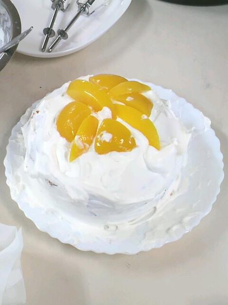 そして不細工ですが完成したケーキ #誕生日 #ケーキ