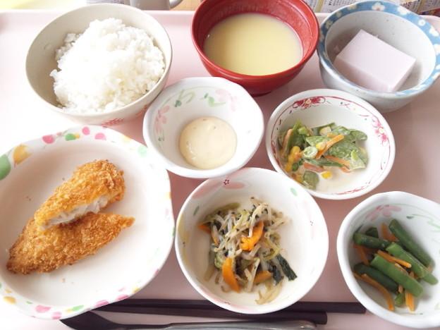 4月25日昼食(白身魚フライ) #病院食
