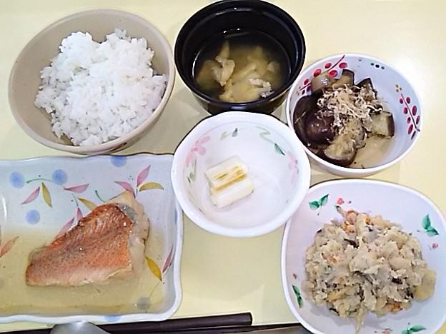 5月19日夕食(赤魚の煮付け) #病院食