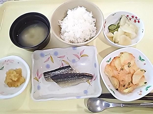 5月21日夕食(さんまの塩焼き) #病院食