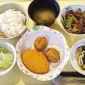 6月17日夕食(フライ盛り合わせ) #病院食