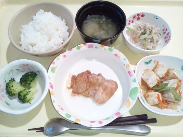 9月19日夕食(鶏のにんにく醤油焼き) #病院食