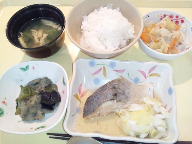8月25日夕食(めだいの煮付け) #病院食