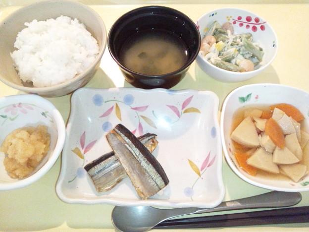 9月11日夕食(さんまの塩焼き) #病院食