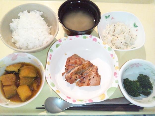 10月8日夕食(鶏肉の七味焼き) #病院食