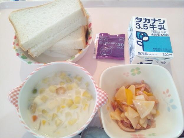 5月27日朝食(シーフードチャウダー) #病院食