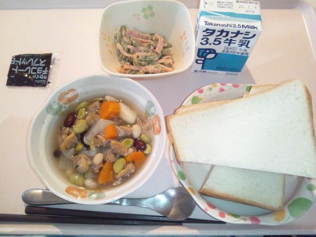 7月6日朝食(あさりとじゃが芋のコンソメ煮) #病院食