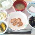 8月4日昼食(鶏肉のガーリック焼き) #病院食
