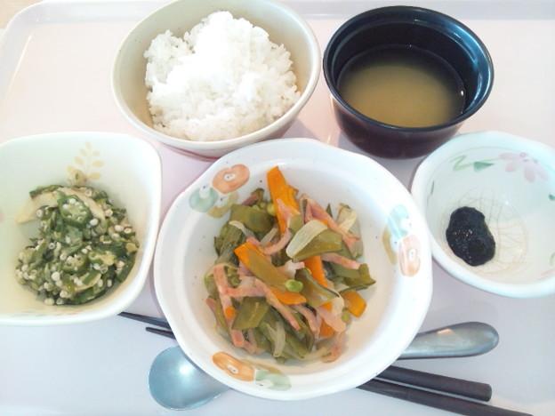 8月11日朝食(ハムと野菜の炒め物) #病院食