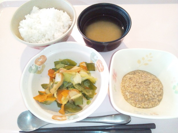 Photos: 10月30日朝食(さつま揚げの炒め物) #病院食