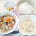 11月24日朝食(ウインナーと豆のコンソメスープ煮) #病院食