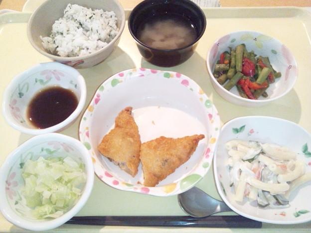 11月25日夕食(白身魚フライ・菜飯) #病院食