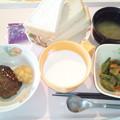 Photos: 11月30日朝食(照り焼きハンバーグ) #病院食