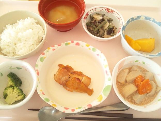 Photos: 11月30日昼食(鶏肉の七味焼き) #病院食