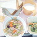 12月2日朝食(ウインナーとさつま芋のコンソメ煮) #病院食
