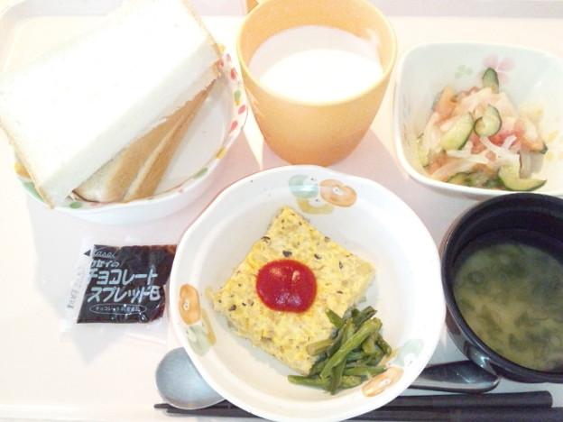 1月18日朝食(きのこのオープンオムレツ) #病院食