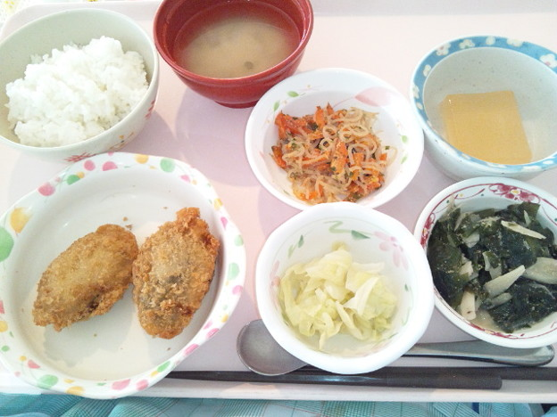 Photos: 1月21日昼食(ピーマン肉詰め) #病院食