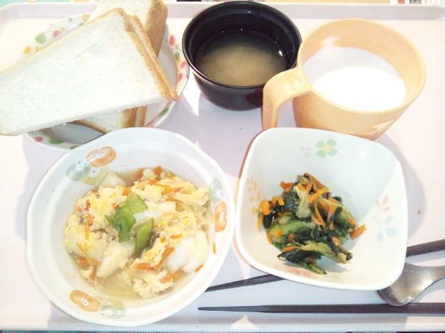 Photos: 1月23日朝食(はんぺんの玉子とじ) #病院食